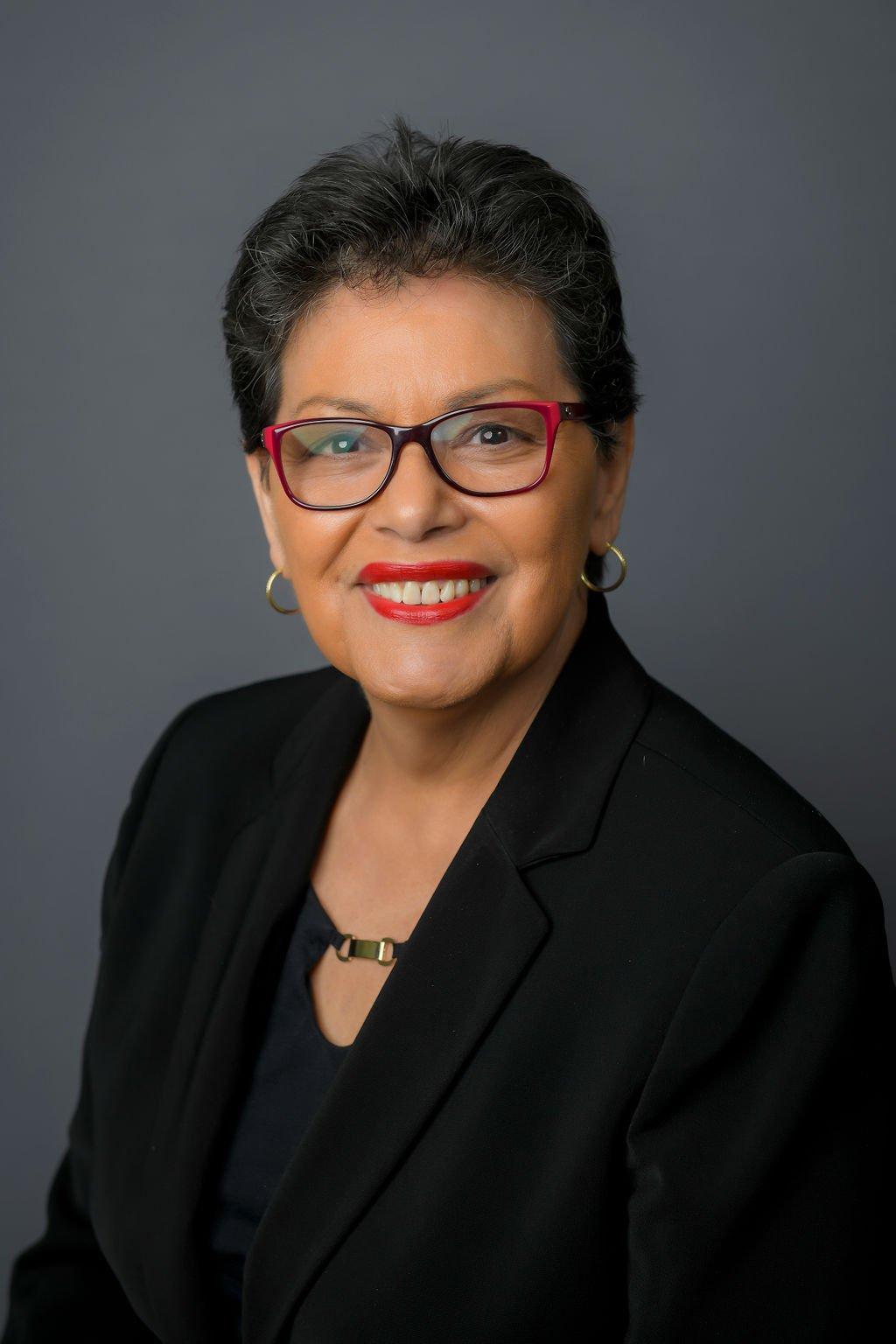 Carmen Romos